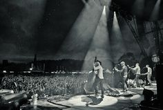 Mumford and Sons at Gentleman of the Road, Lewes Photography by Robin Bharaj