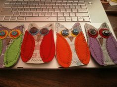 owl bookmarks from fused plastic, felt, buttons