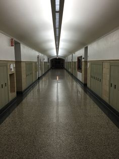 http://annabelmonaghan.com/the-time-warp-of-back-to-school-night/