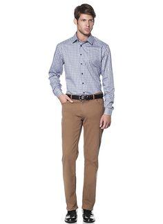 Erkek Keten Pantolon Modelleri Keten yumuşak dokuması ve kaliteli, ucuz olmasıyla son yılların keşfedilmiş en iyi kumaşlarındandır. Bunu fark eden erkekler bu cins kumaşı pantolon olarak kullanmaya başlamışlardır.  Keten pantolon kullanan erkekler bu cins pantolonları şimdilerde günlük …