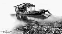 boat high key by angelamichelphotographe