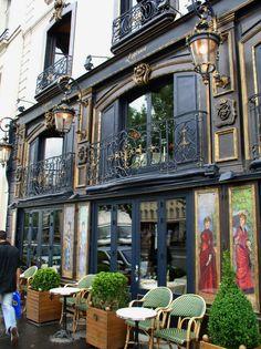 Restaurant Laperouse, Quai Voltaire, Paris. One of the most beautiful old restaurants in Paris.