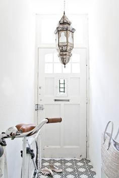 Ah, the power of the Moroccan lantern to make everything better. #design
