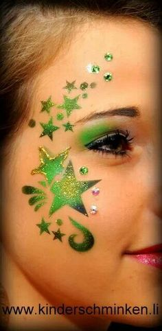 So simple yet fab and love the use of glitter.