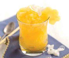 Pineapple Coconut Daiquiri Recipe │A delicious and refreshing frozen pineapple and coconut daiquiri. Pineapple Margarita, Frozen Pineapple, Pineapple Coconut, Refreshing Cocktails, Fun Drinks, Beverages, Daiquiri Cocktail, Tastefully Simple Recipes, Silver Tequila