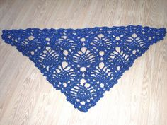 Pineapple Shawl by bizy2hands, via Flickr-free pattern-follow links