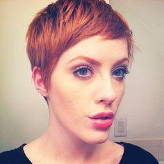 Gib deinen Haare etwas mehr Pfiff! 10 Trendy Kurzhaarfrisuren in Rot, die Du sicherlich nicht verpassen solltest!