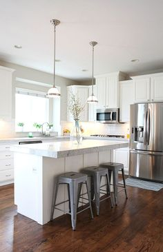 When you have dark cabinets for your kitchen then below are some suggestions on picking the wall colors. Kitchen cabinets play an essential role in creating a kitchen contemporary-looking. Purchasing…MoreMore
