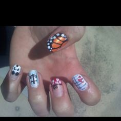 just painted my nails :) [left hand]