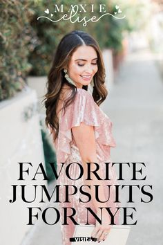 Click here to see these holiday NYE jumpsuits looks on Maxie Elise Blog! You'll love this festive jumpsuit outfit Christmas. Super chic jumpsuit outfit dressy classy. I love all of these jumpsuits for women classy formal. Check out the stylish nye outfits jumpsuits