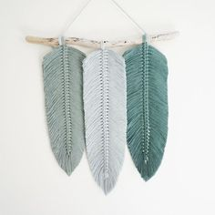 Hottest Cost-Free modern Macrame feather Tips Macrame Feather Wall Hanging Hanging Flower Wall, Macrame Patterns, Feather, Creations, Etsy, Wall Art, Diy Wall, Nursery Decor, Wall Decor