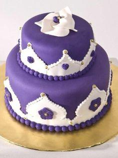 Google Image Result for http://media.cakecentral.com/modules/coppermine/albums/userpics/566943/PurpleCake_3.jpg