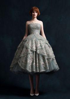 MaySociety — Krikor Jabotian Spring/Summer 2018 Source by ladybugrivers dresses Rental Wedding Dresses, Prom Dresses, Dress Rental, Beautiful Gowns, Beautiful Outfits, Pretty Outfits, Pretty Dresses, Couture Dresses, Fashion Dresses