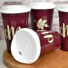 Available in 15 color options, reusable 16 ounce double wall Solo Cup-style party cups personalized with choice of design and up to 4 lines of custom print on the front and back of each cup are perfect for keeping beer and mixed drinks cold during your wedding reception AND they are reusable! After your wedding reception or party, guests can take these thick, insulated, dishwasher-safe cup favors home as souvenirs to use again and again. Wedding Cups, Gifts For Wedding Party, Wedding Favors, Wedding Reception, Small Thank You Gift, Personalized Cups, Plastic Cups, Party Cups, Wedding Designs
