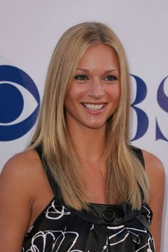 A.J. Cook is perfect! criminal minds