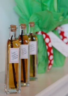 12 Homemade Holiday Gifts (that aren't cookies!) | Homemade Vanilla Extract via 100 Days of Real Food
