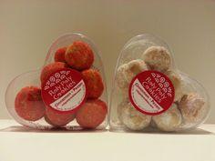 valentines treats. heart packaged cookies