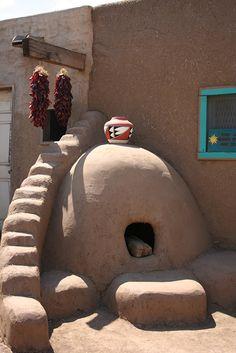 Taos Pueblo, New Mexico New Mexico Style, Taos New Mexico, New Mexico Homes, New Mexico Usa, Southwest Art, Southwest Style, Eco Construction, Taos Pueblo, Adobe House