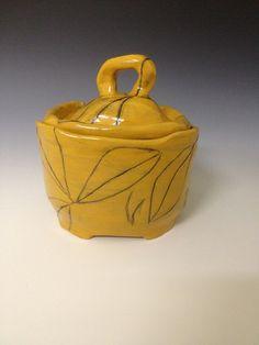 Liv Antonecchia - covered jar, lidded vessel