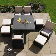 Outdoor Restaurant 4 Seat Cube Dining Set - Hardwearing PU rattan containing UV protection so that products remain suitable for all weathers and are maintenance free. Luxury Garden Furniture, Outdoor Dining Furniture, Outdoor Dining Set, Dining Table Chairs, Outdoor Decor, Dining Sets, Patio Dining, Outdoor Living, Garden Dining Set