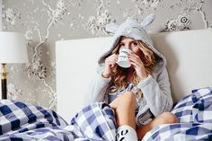 rosavdtempel - Cosy Sunday! ❄️ #hunkemoller #centralparkbyronblaauw #hunkemollerambassadors #hkmsantababy #christmas #cosy #nightwear #lazysunday #mycosymoment @hunkemoller