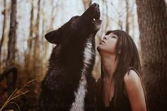 White Wolf : Women And Wolves Cuddle In Beautiful Photographs by Rachel Lauren She Wolf, Wolf Girl, Wolf Spirit, Spirit Animal, Magical Creatures, Beautiful Creatures, Wolves And Women, Wolf Photography, Dances With Wolves