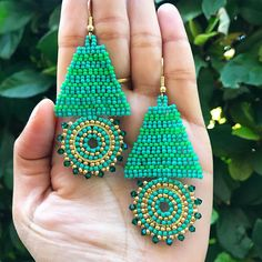 Green Earrings, Christmas Earrings, Unique gifts, Beaded, seed bead earrings, Gift for her, one of a kind, Long earrings, statement earrings These unique green beaded earrings will be a great addition to your earring collection. These beaded earrings are very lightweight and are