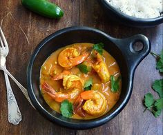 Yes, there is such a thing. This coconut shrimp curry bowl is both delicious and quick, done in just 30 minutes. Healthy Coconut Shrimp, Coconut Shrimp Recipes, Seafood Recipes, Indian Food Recipes, Healthy Recipes, Ethnic Recipes, Healthy Eats, Healthy Foods, Diet Recipes