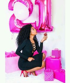 Ideas For Birthday Photoshoot Photo Booths Birthday Goals, 24th Birthday, Birthday Celebration, Girl Birthday, 21st Bday Ideas, Birthday Ideas, Birthday Photography, Festa Party, Birthday Pictures