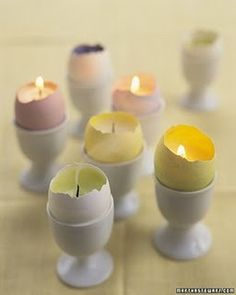 Turn egg shells into candle votives to give your kids something to blow out on the Easter table Shell Candles, Diy Candles, Candle Wax, Candle Cups, Luxury Candles, Scented Candles, Decorative Candles, Homemade Candles, Beeswax Candles