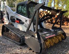 2016 Bobcat W/ Bradco Forestry Mulcher ( for sale online Bobcat Equipment, Logging Equipment, Tools And Equipment, Heavy Equipment, Farm Toys, Heavy Machinery, Military Vehicles, Robot, Construction