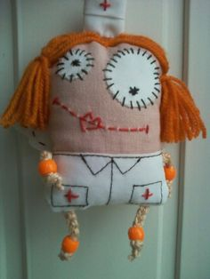 Фотографии Натальи Шашковой – 6 альбомов Fabric Toys, Little Doll, Art Dolls, Winter Hats, Girly, Christmas Ornaments, Sewing, Holiday Decor, Kids