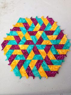 Weaving Patterns, Wood Patterns, Quilt Patterns, Hexagon Quilt, Square Quilt, Paper Weaving, Fabric Weaving, Sewing Crafts, Sewing Projects
