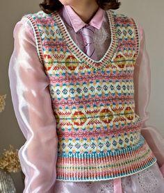 Alcott by Mary Henderson - Jamieson and Smith, Real Shetland Wool, Fair Isle Knitting, Shetland Wool, Knitting Patterns, Yarn