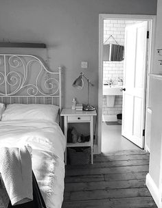 A gif showing the bedroom before and after the makeover.