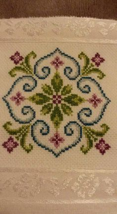 This Pin was discovered by Sev Cross Stitch Pillow, Mini Cross Stitch, Cross Stitch Borders, Modern Cross Stitch, Cross Stitch Flowers, Cross Stitch Designs, Cross Stitching, Cross Stitch Embroidery, Cross Stitch Patterns