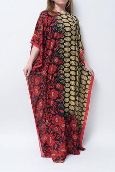 Caftan kaftan abaya women's resort wear. Sheer chiffon
