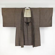Silk haori coat for man / 温か味のある手触りの紬地の男物羽織り http://www.rakuten.co.jp/aiyama #Kimono #Japan #aiyamamotoya