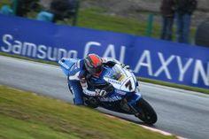 Crónica de la segunda carrera del BSB 2012 en Knockhill    Artículo publicado en PcMoto.Net Motociclismo de Velocidad: http://www.pcmoto.net/web/