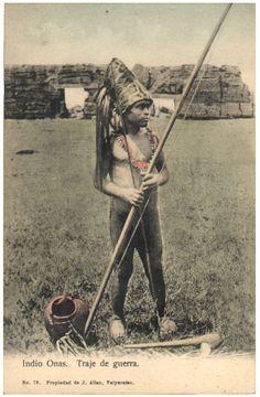 Naked is normal Native American Photos, American Indian Art, Rio Santa Cruz, Patagonia, Australian Aboriginals, Melbourne Museum, Continents, South America, Terra