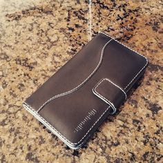 Protect your Samsung Galaxy Note 3 with a fliptroniks black panther leather wallet case. It is hand stitched with 100% high end genuine leather to ensure long lasting durability and protection.