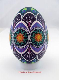 Real ukrainian pysanka in batik stile big goose egg Egg Crafts, Easter Crafts, Polish Easter, Egg Shell Art, Carved Eggs, Easter Egg Designs, Ukrainian Easter Eggs, Faberge Eggs, Egg Art