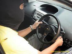Asuransi Mobil All Risk ...??  Perlu Anda Ketahui Bahwa Istilah ALL RISK dalam Asuransi Mobil kini sudah Berubah menjadiCOMPREHENSIVE ...  Ya, istilah Asuransi All Risk yang kini digunakan adalah Jaminan Comprehensive.