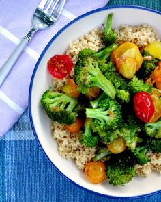 Garlic Packed Broccoli Tomato Stir Fry. A perfect and easy dinner entrée using ripe tomatoes, loads of garlic and crispy broccoli. Put it on top a bed of quinoa or rice and call it done.