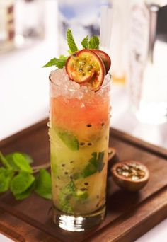 Skinny Passion Fruit - Rum cocktails: The best rum cocktails - It seems that every day there's a new spin on the traditional rum and mint mojito recipe. This time the folks at Dirty Martini in London have developed a version which is low in calories (only Best Rum Cocktails, Cocktail Drinks, Fun Drinks, Yummy Drinks, Cocktail Recipes, Beverages, Popular Cocktails, Fruity Alcohol Drinks, Drinks Alcohol Recipes