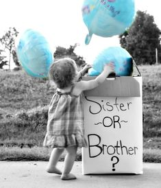 Just one picture of my gender announcement for my little boy. Aubri just wanted to play with the balloons. -Kiley Photography #Genderreveal #genderrevealidea #genderrevealwithsiblings