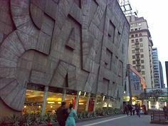 Bistrô e cinema Reserva Cultural, no edifício Gazeta. São Paulo.