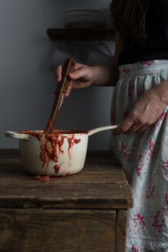 Tomato-Less Marinara Sauce: A Nightshade-Free, Tomato Style Sauce by the amazing, talented @theurbanposer #paleo #AIP