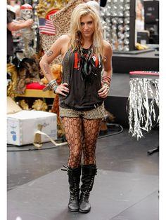 Best Celebrity Halloween Costumes 2010 - How To Dress Like Celebrity For Halloween 2010 - Cosmopolitan