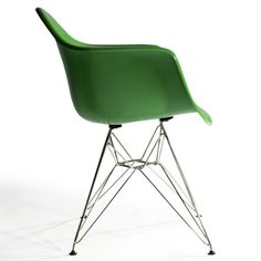 Stylish green chair...adore.
